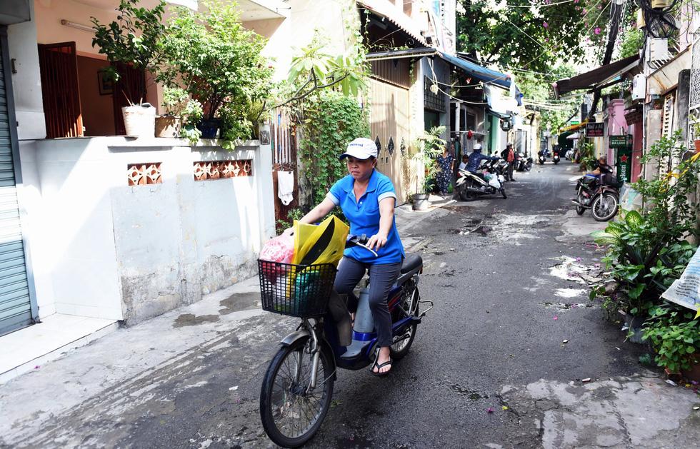 Thiệt khó tin khi Sài Gòn có những con hẻm một người - Ảnh 12.