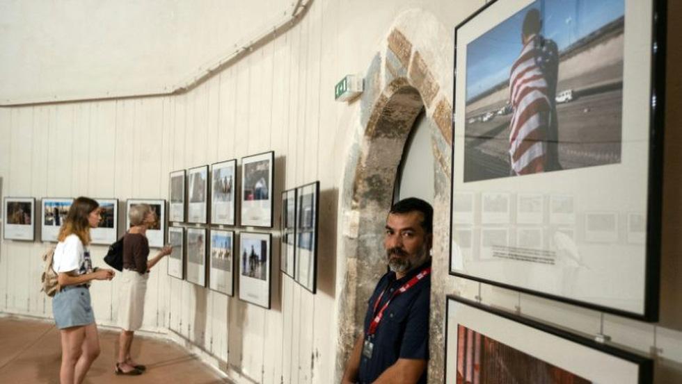 Bộ ảnh 'Đoàn người di cư' thắng giải Ảnh báo chí Quốc tế - Ảnh 9.