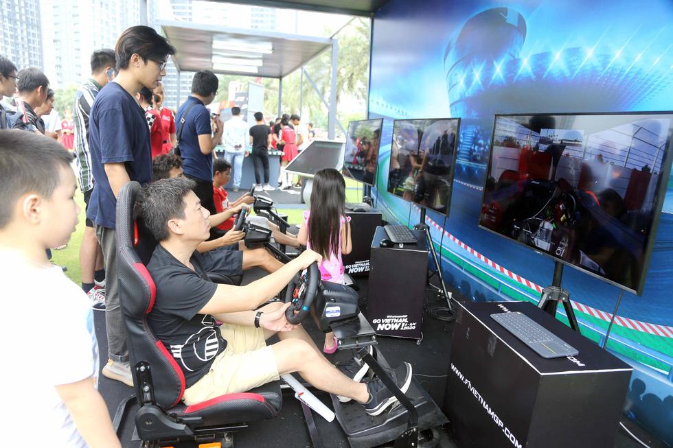 Sôi động chương trình chào đón đua xe công thức 1 tại TP.HCM - Ảnh 7.