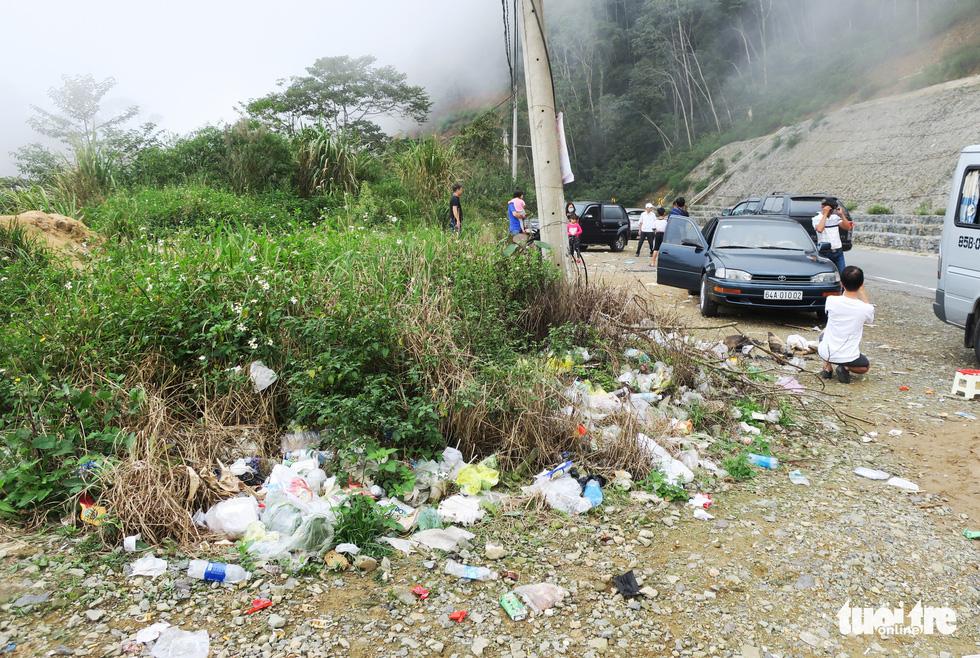 Checkin nơi nguy hiểm: đỉnh đèo Khánh Lê - Ảnh 7.