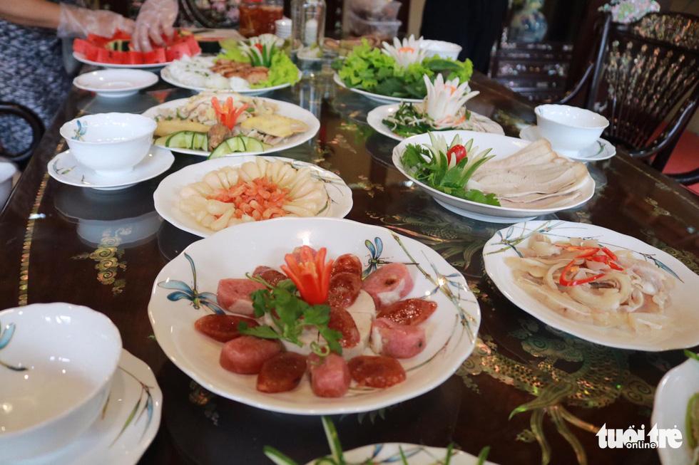 Trưng bày mâm cỗ, mâm ngũ quả 3 miền trong Lễ hội Tết Việt - Ảnh 6.