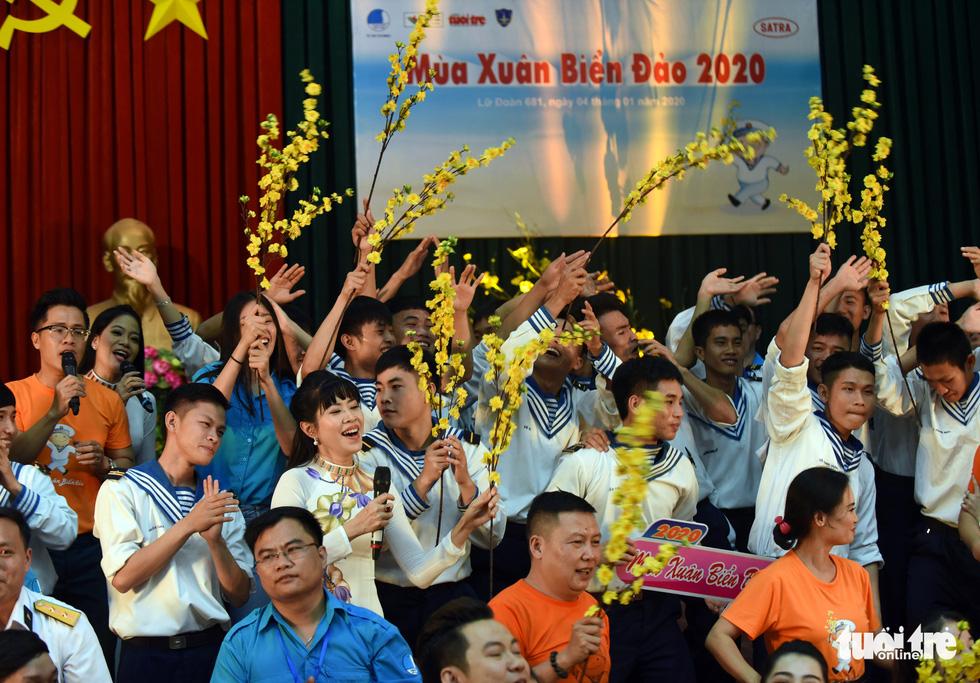Mùa xuân biển đảo lần 9: Bên vịnh Phan Thiết, bâng khuâng nhớ Trường Sa - Ảnh 18.