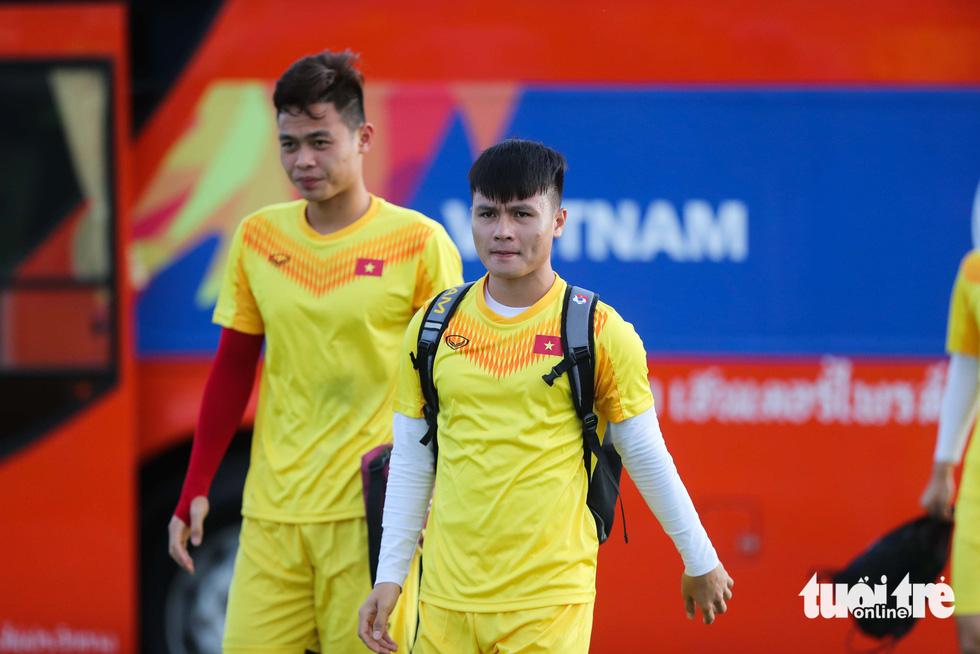 U23 Việt Nam tập rê dắt bóng trước trận gặp UAE - Ảnh 5.