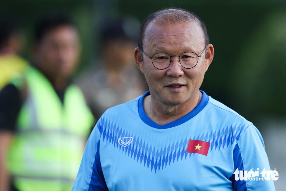 U23 Việt Nam tập rê dắt bóng trước trận gặp UAE - Ảnh 7.