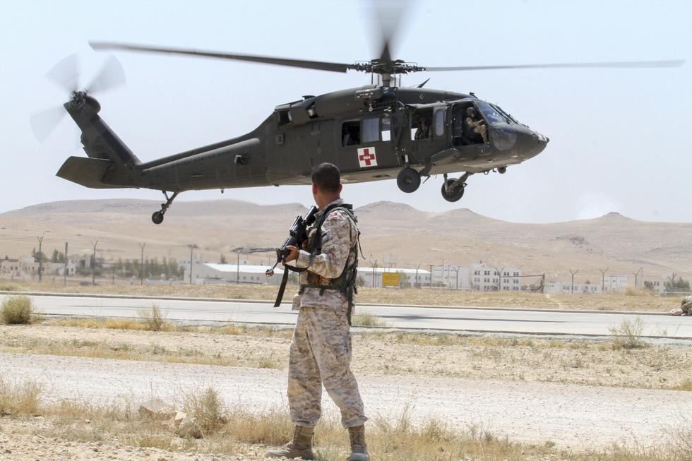 Nếu quân đội Mỹ bị tấn công, các đồng minh Mỹ ở Trung Đông phản ứng thế nào? - Ảnh 1.