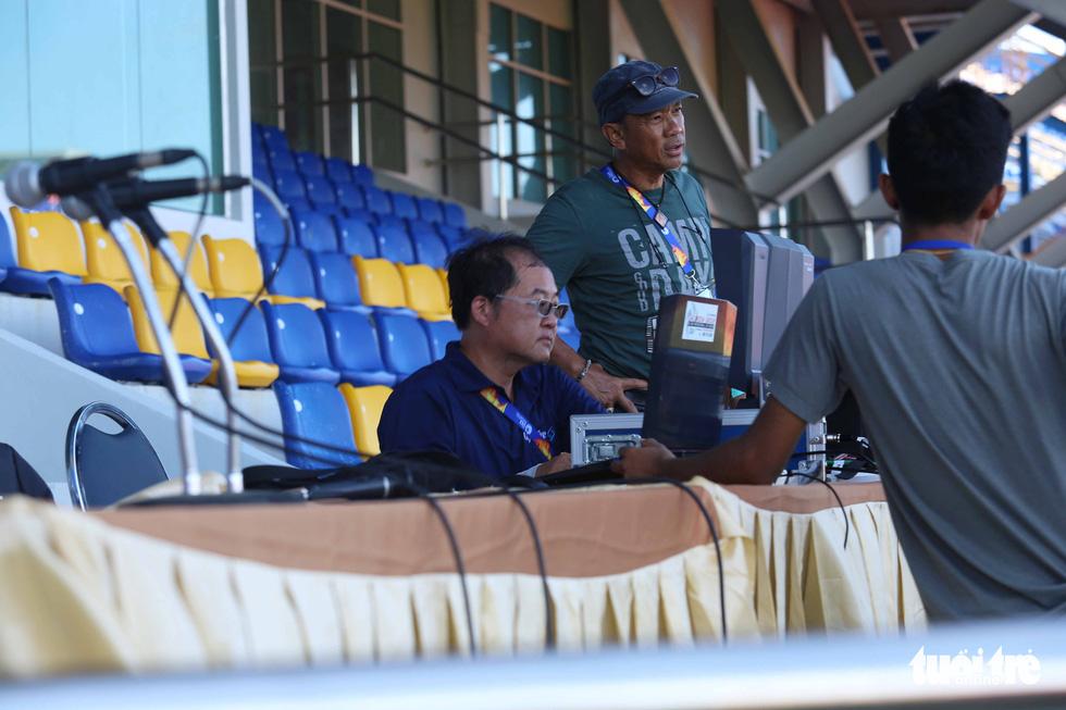 Chùm ảnh: lắp đặt hệ thống VAR để phục vụ cho VCK U23 châu Á 2020 - Ảnh 5.