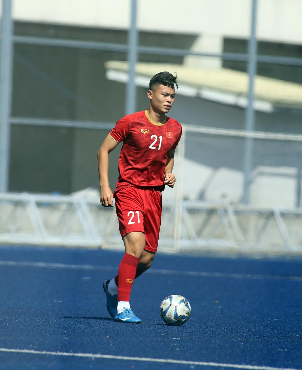 Chùm ảnh dàn cầu thủ cao trên 1m80 của U23 Việt Nam dự Giải U23 châu Á 2020 - Ảnh 3.