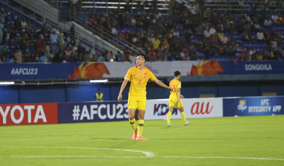 Chùm ảnh cầu thủ Hàn Quốc bùng nổ, cầu thủ Trung Quốc sụp đổ sau bàn thắng muộn - Ảnh 7.