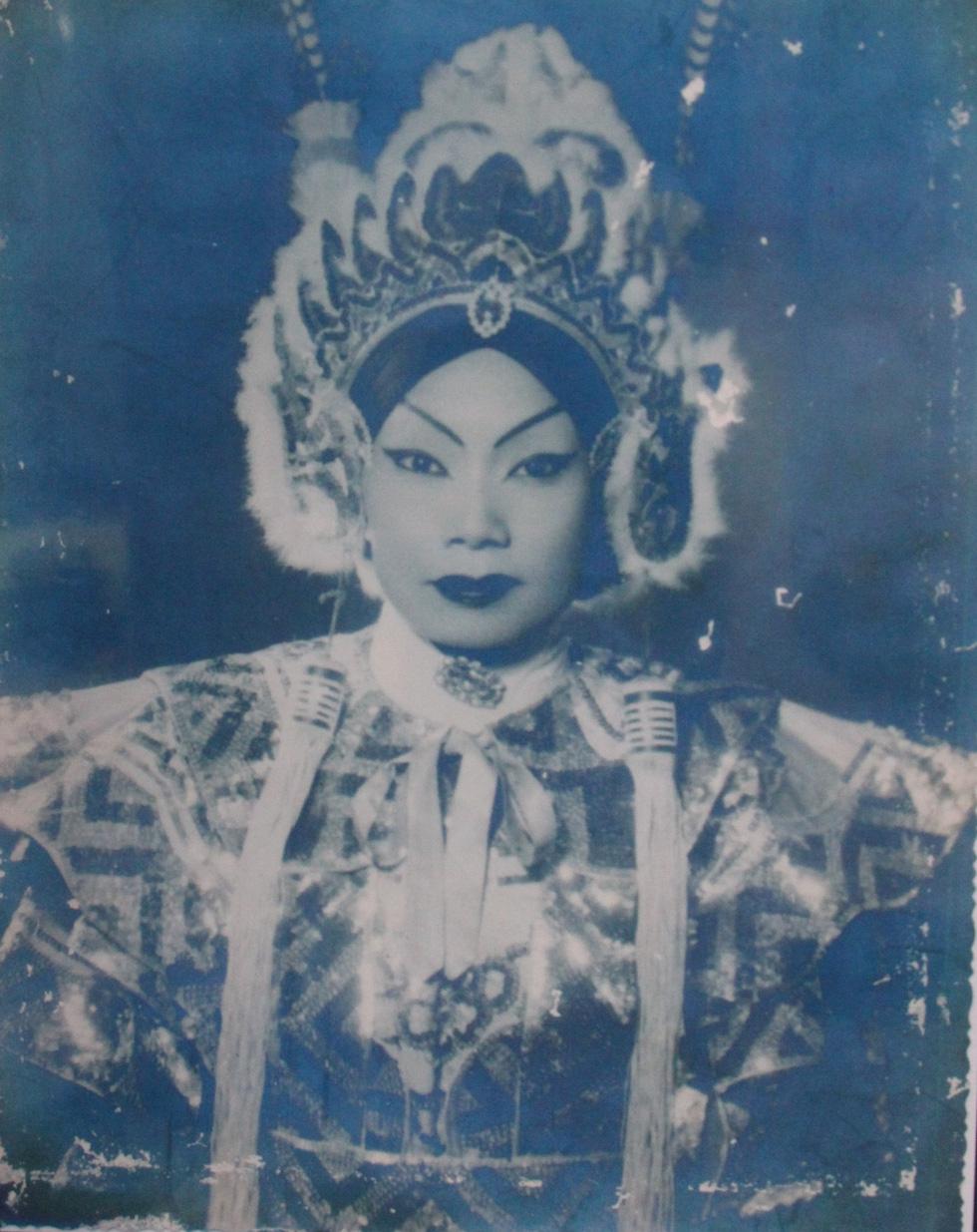Trưng bày 100 bức ảnh về má Bảy Nam - Người mẹ trên sân khấu kịch nói Nam bộ - Ảnh 5.