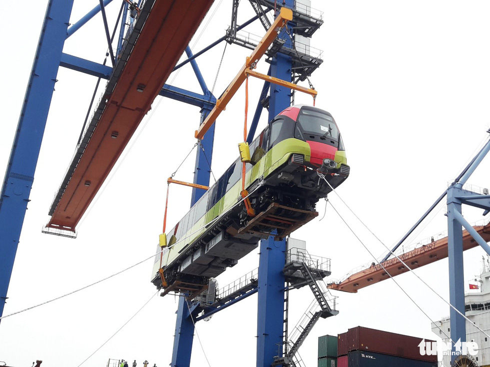 Chiêm ngưỡng đoàn tàu metro Nhổn - ga Hà Nội rời cảng Hải Phòng - Ảnh 3.