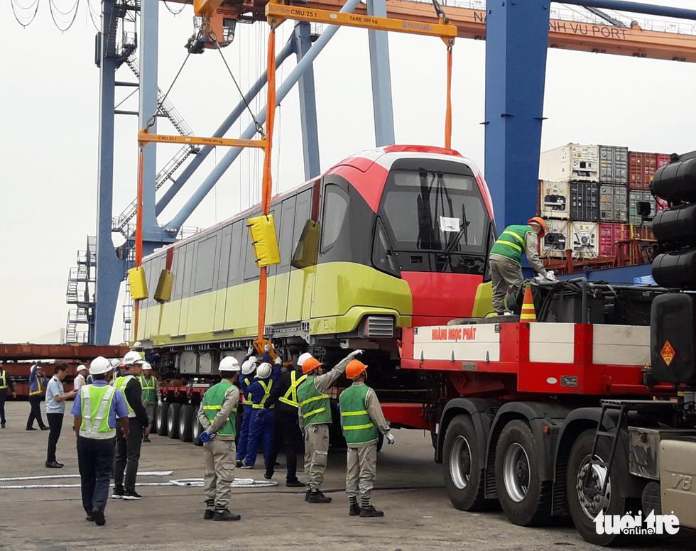 Chiêm ngưỡng đoàn tàu metro Nhổn - ga Hà Nội rời cảng Hải Phòng - Ảnh 5.