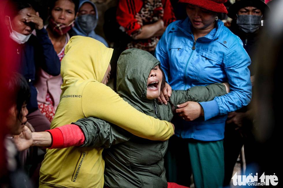 Tìm kiếm, đưa thi thể 22 chiến sĩ về Đông Hà: Nỗi đau thấu trời đất - Ảnh 7.