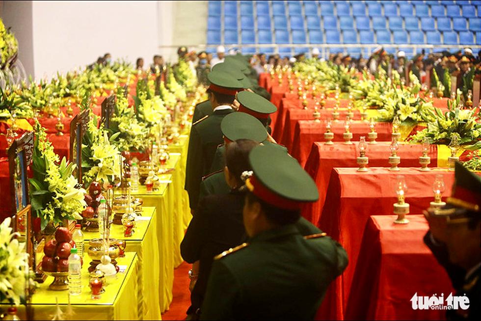 Lễ truy điệu 22 chiến sĩ Đoàn Kinh tế quốc phòng 337: Tiễn các anh về với quê nhà - Ảnh 17.