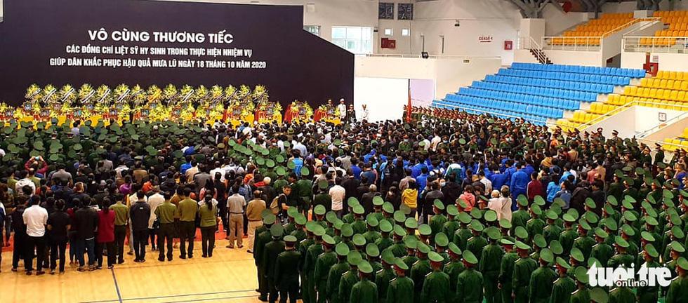 Lễ truy điệu 22 chiến sĩ Đoàn Kinh tế quốc phòng 337: Tiễn các anh về với quê nhà - Ảnh 13.