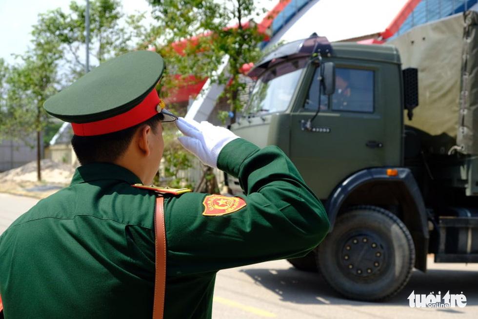 Lễ truy điệu 22 chiến sĩ Đoàn Kinh tế quốc phòng 337: Tiễn các anh về với quê nhà - Ảnh 5.