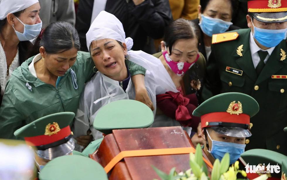 Lễ truy điệu 22 chiến sĩ Đoàn Kinh tế quốc phòng 337: Tiễn các anh về với quê nhà - Ảnh 6.