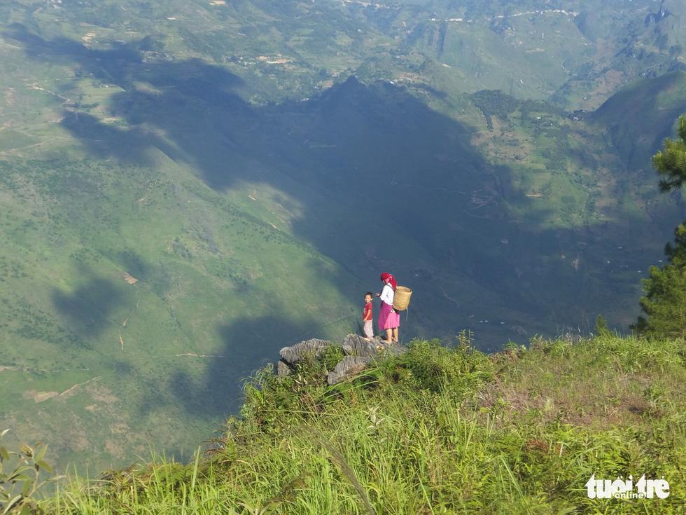 Hiến kế du lịch: Đừng tàn phá thiên nhiên và văn hóa bản địa - Ảnh 3.