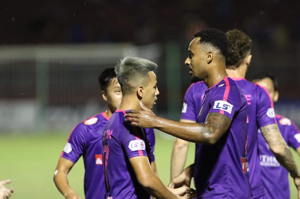 Hòa Viettel, CLB Hà Nội bị Sài Gòn vượt mặt trên bảng điểm - Ảnh 19.