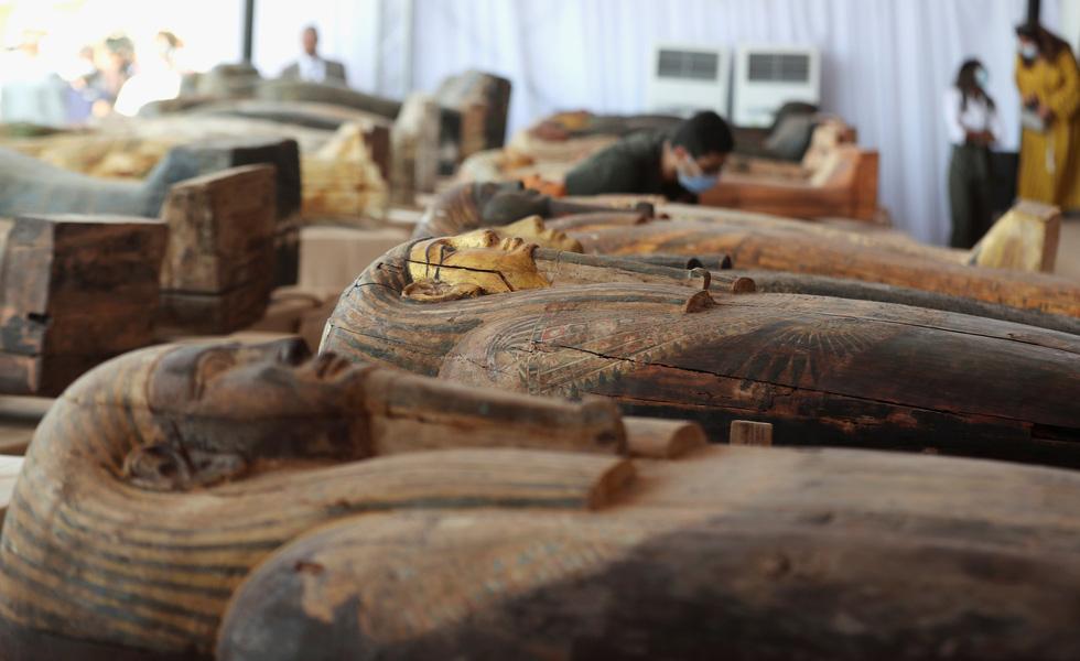 Ai Cập mở quan tài 2.500 năm tuổi, xác ướp còn nguyên - Ảnh 5.