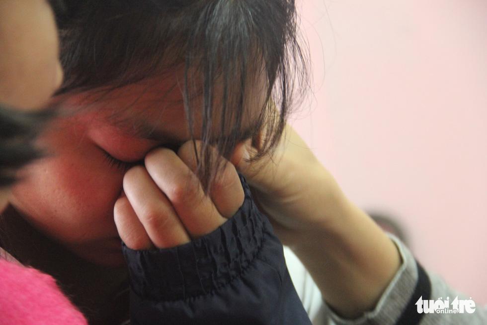 Học sinh vùng sạt lở Phước Sơn: 'Cả làng trôi mất, nhà em không còn ai' - Ảnh 1.