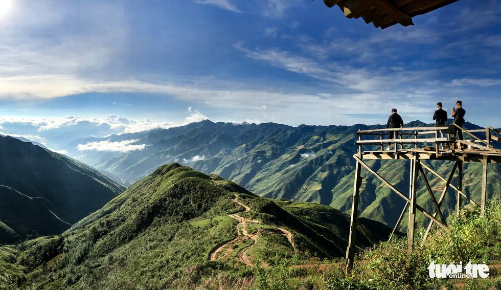 Biển mây ôm núi, vờn gió ở Háng Đồng - Ảnh 7.
