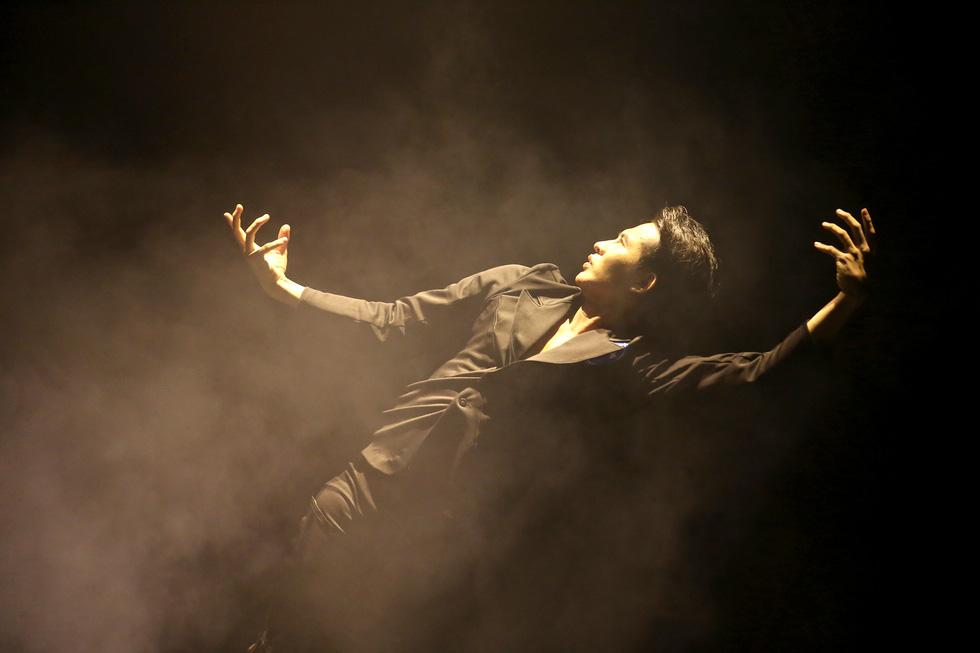 Cuộc thi tài năng biểu diễn múa 2020, đêm khai mạc đã đẹp đến say lòng - Ảnh 7.