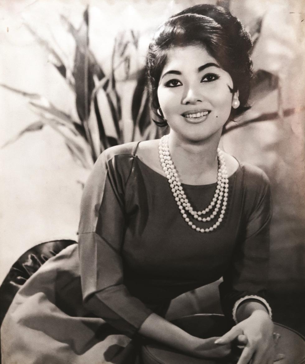 Đinh Tiến Mậu - Nhiếp ảnh gia lưu giữ nét hào hoa Sài Gòn một thuở - Ảnh 4.