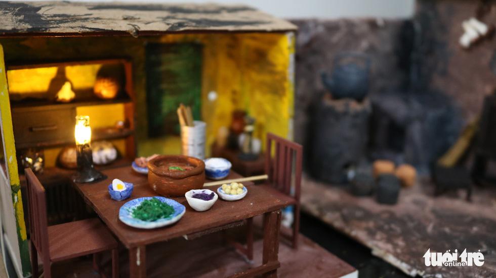 Thế giới tuổi thơ thu nhỏ qua mô hình gỗ, đất sét mini - Ảnh 6.
