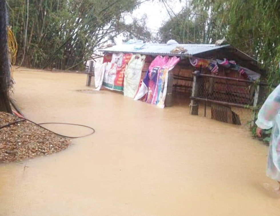Mưa lớn, nước sông dâng quá nhanh, Quảng Nam lại ngập sâu - Ảnh 5.