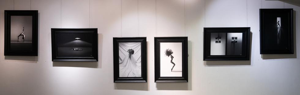 Ấn tượng 39 ảnh khỏa thân đen trắng của Hạo Nhiên - Ảnh 9.