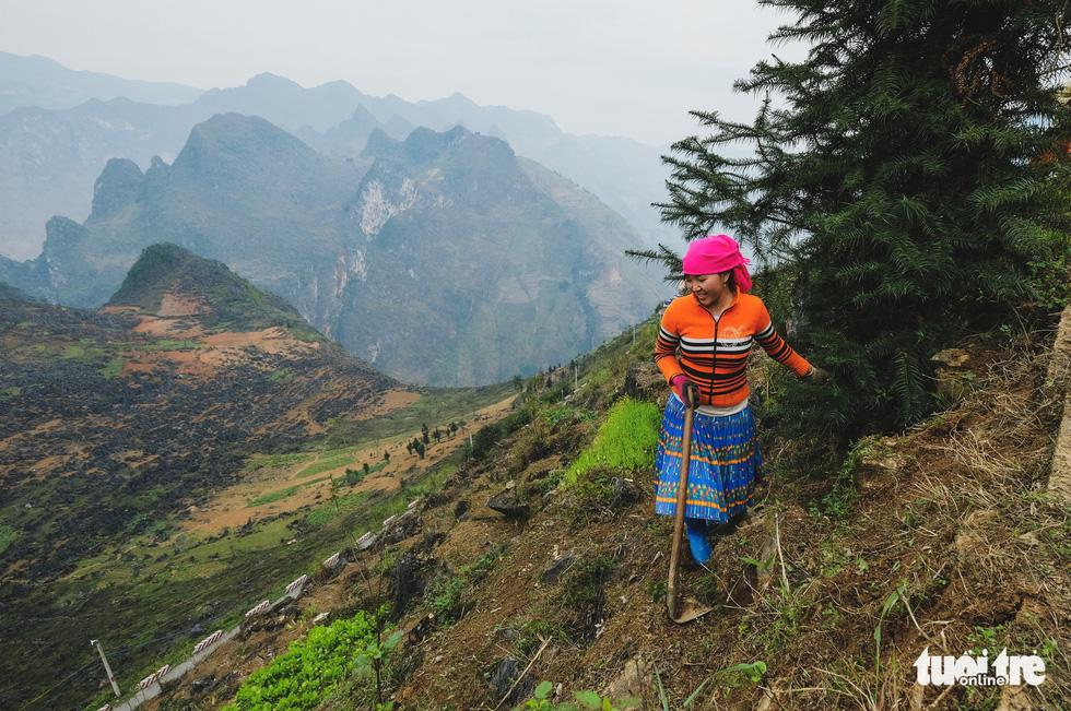 Có nên thu phí để phát triển du lịch cao nguyên đá Đồng Văn? - Ảnh 13.