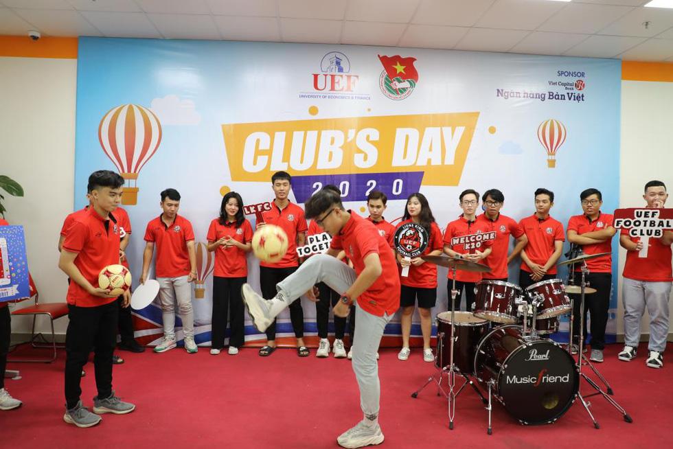 Ngày hội câu lạc bộ sinh viên hoành tráng và đầy lửa - Ảnh 3.