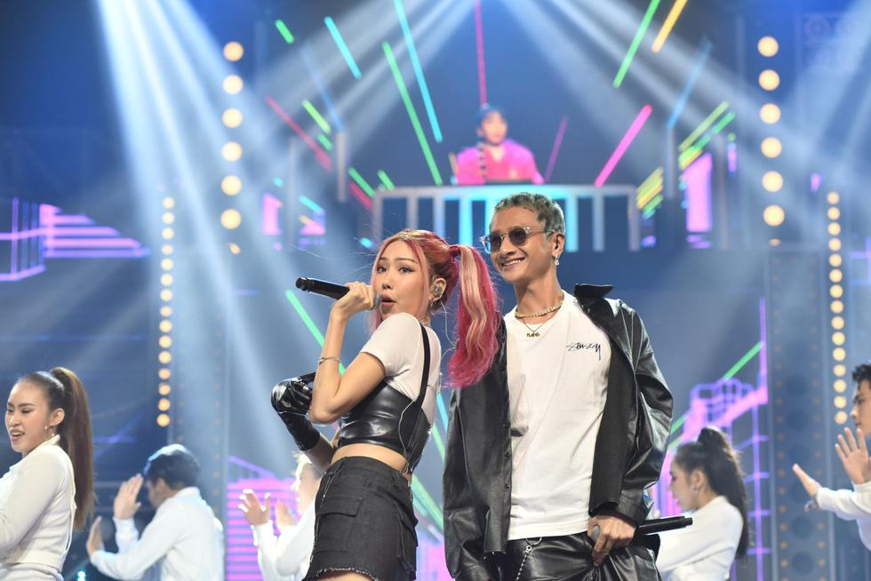 Dế Choắt là quán quân, Rap Việt lập kỷ lục YouTube thế giới - Ảnh 10.