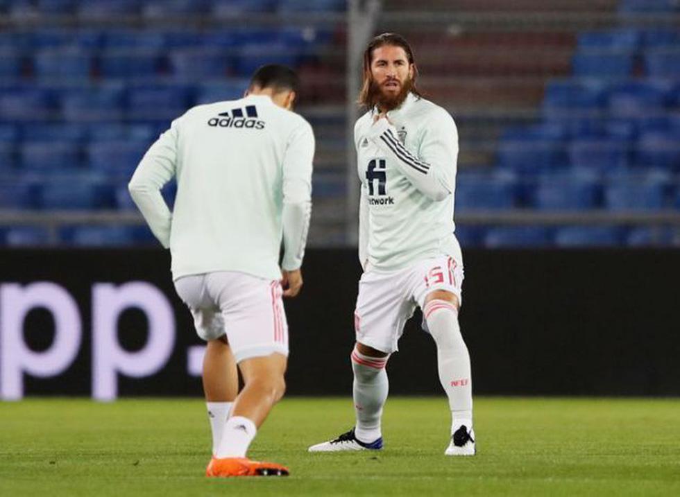 Ramos 2 lần đá hỏng phạt đền trong ngày lập kỷ lục - Ảnh 1.