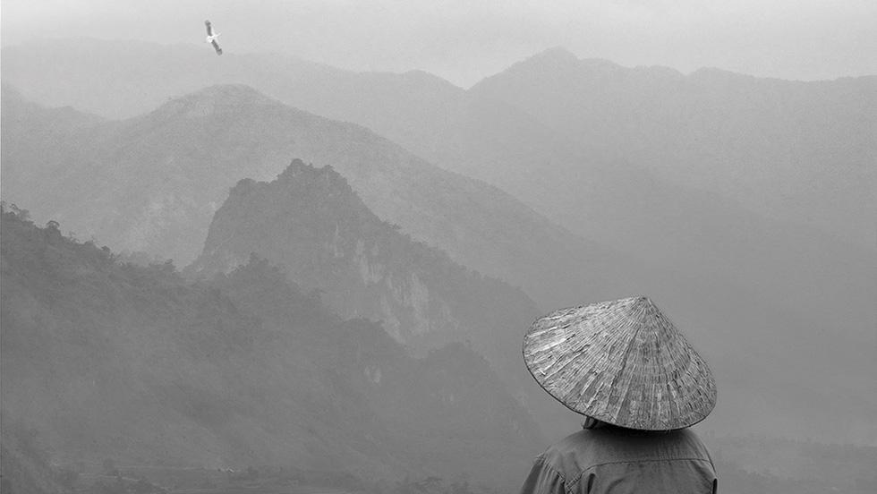 Thấu cảm của nhiếp ảnh gia Lê Hồng Linh: Nếu không phải bây giờ thì bao giờ? - Ảnh 1.