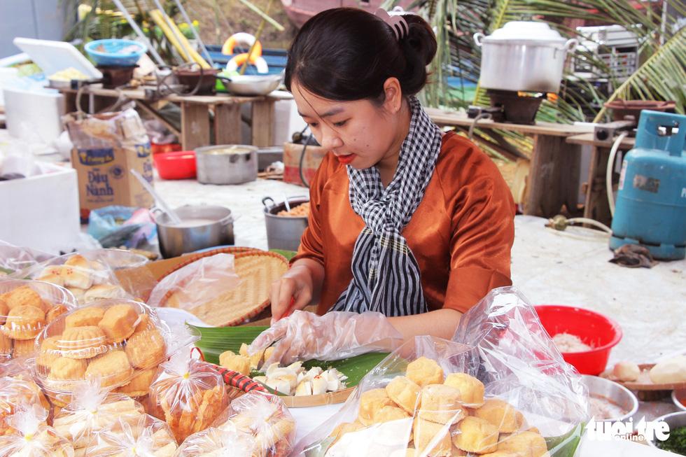 Hương vị miền Tây Nam Bộ tại Làng Văn hóa, du lịch các dân tộc Việt Nam - Ảnh 4.