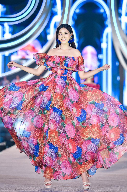 Tân Hoa hậu Việt Nam: Dù có là hình mẫu hay không, tôi sẽ truyền cảm hứng cho giới trẻ - Ảnh 8.