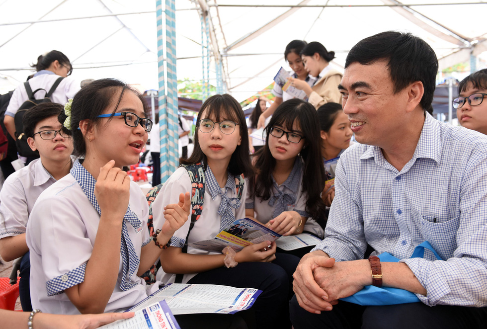 Báo Tuổi Trẻ tổ chức tư vấn tuyển sinh, hướng nghiệp tại 21 tỉnh thành - Ảnh 2.