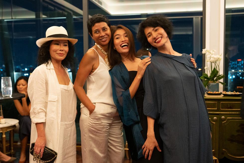 Nhà thiết kế Li Lam: Thời trang liên quan đến nội tâm nhiều hơn những gì hào nhoáng bên ngoài - Ảnh 4.