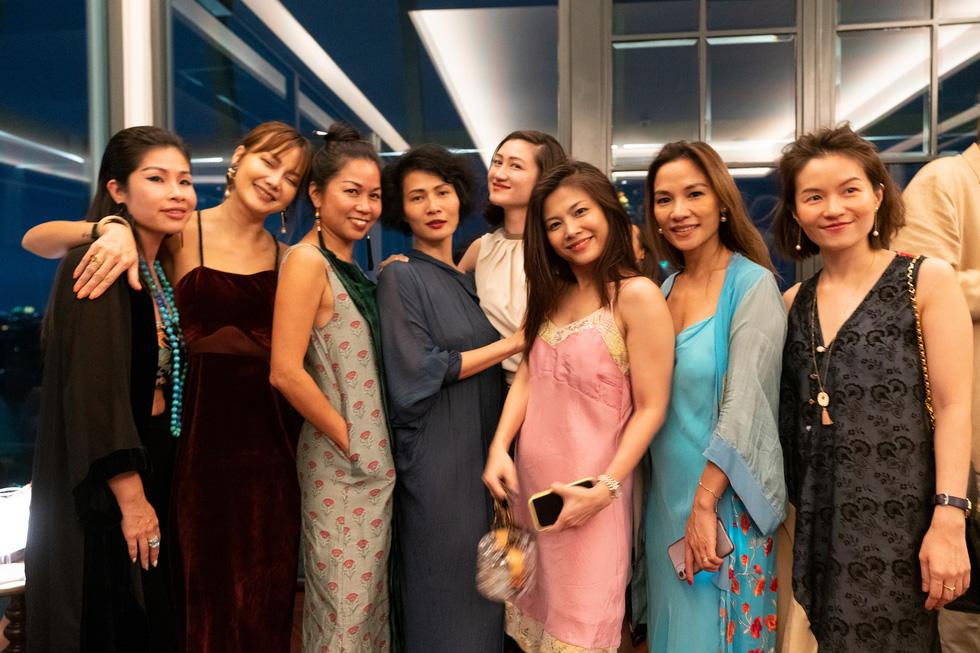 Nhà thiết kế Li Lam: Thời trang liên quan đến nội tâm nhiều hơn những gì hào nhoáng bên ngoài - Ảnh 13.