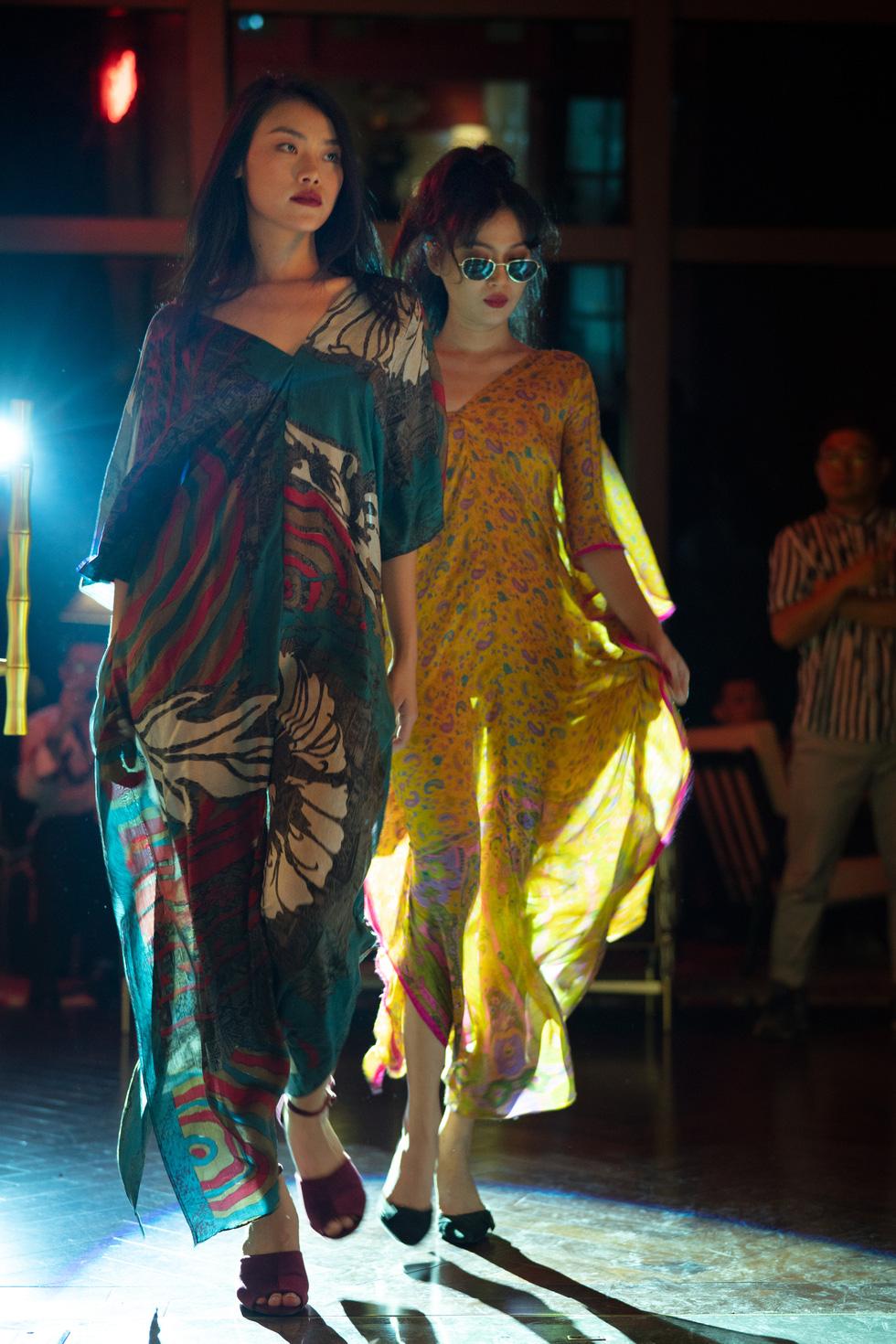 Nhà thiết kế Li Lam: Thời trang liên quan đến nội tâm nhiều hơn những gì hào nhoáng bên ngoài - Ảnh 9.