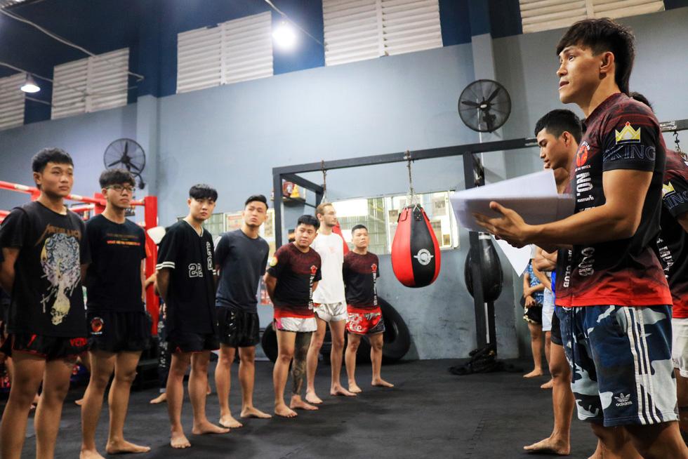 Nguyễn Trần Duy Nhất - cao thủ sàn Muay Thái - Kỳ 2: Tinh thần võ sĩ - Ảnh 3.