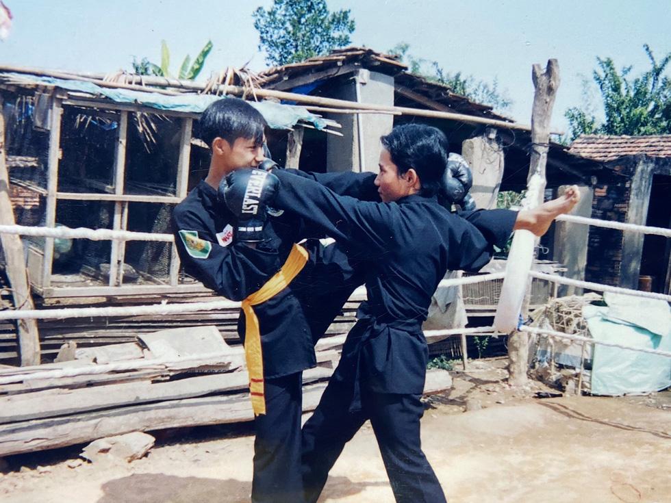 Nguyễn Trần Duy Nhất - cao thủ sàn Muay Thái - Kỳ 2: Tinh thần võ sĩ - Ảnh 1.