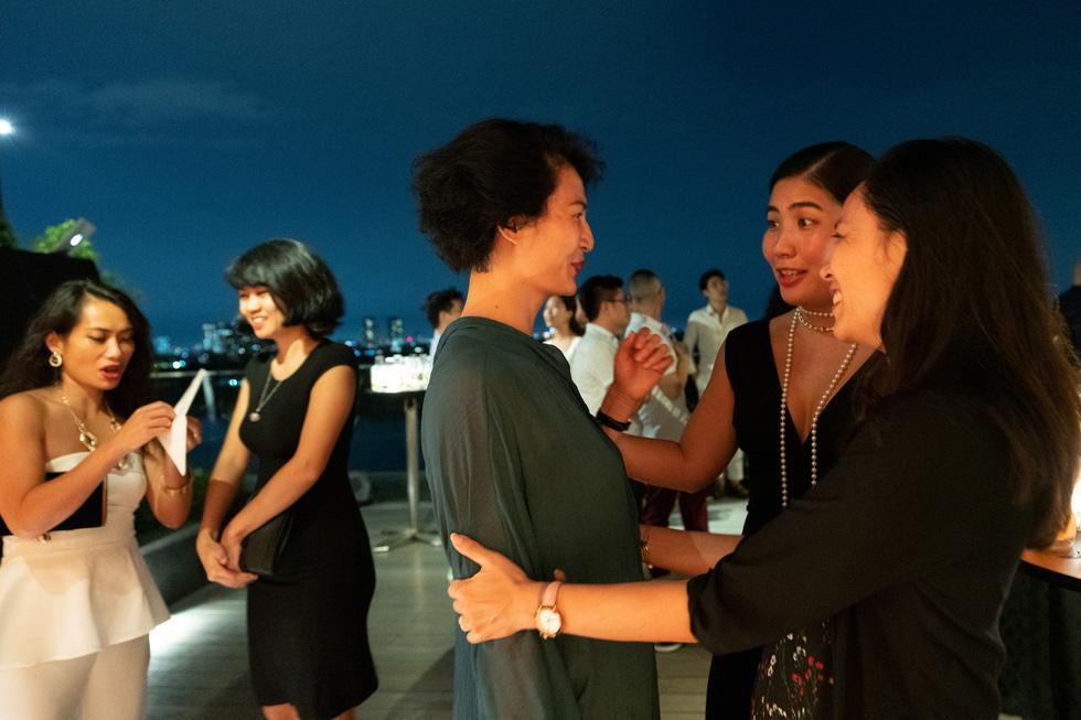 Nhà thiết kế Li Lam: Thời trang liên quan đến nội tâm nhiều hơn những gì hào nhoáng bên ngoài - Ảnh 6.