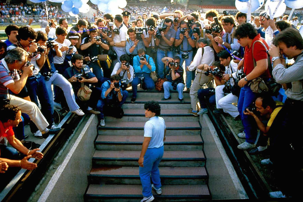 Sự nghiệp vĩ đại của Maradona qua ảnh - Ảnh 8.
