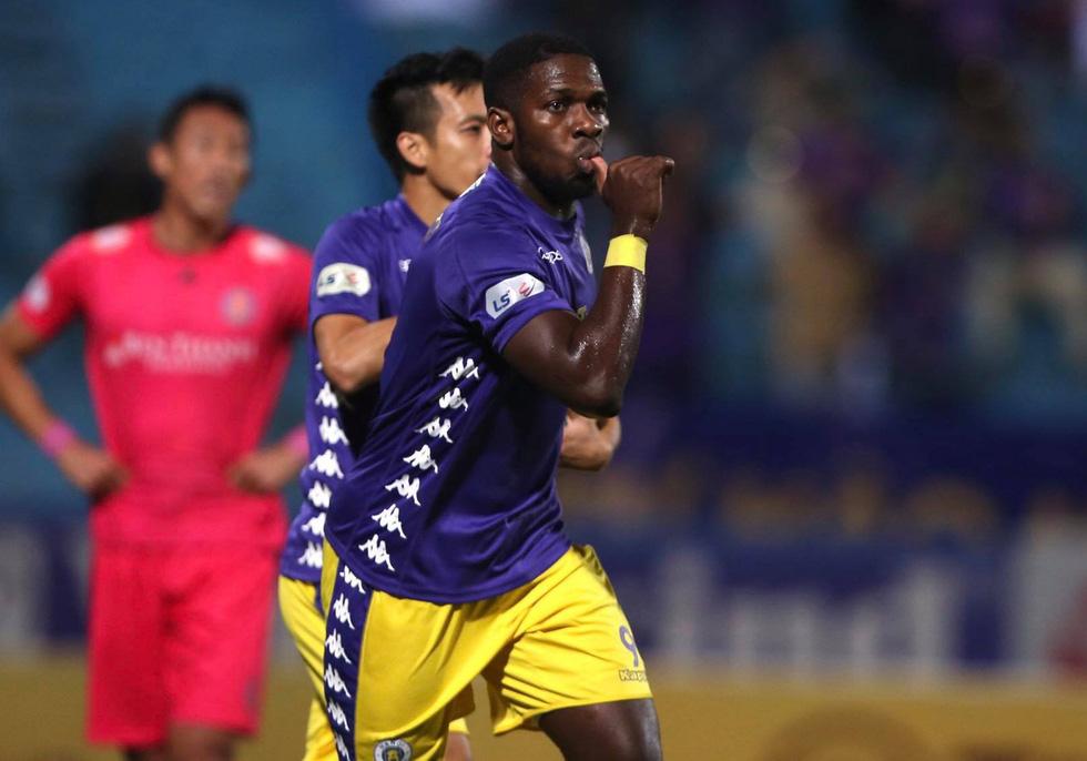 Thắng CLB Sài Gòn 4-2, CLB Hà Nội nuôi hi vọng đua vô địch - Ảnh 1.