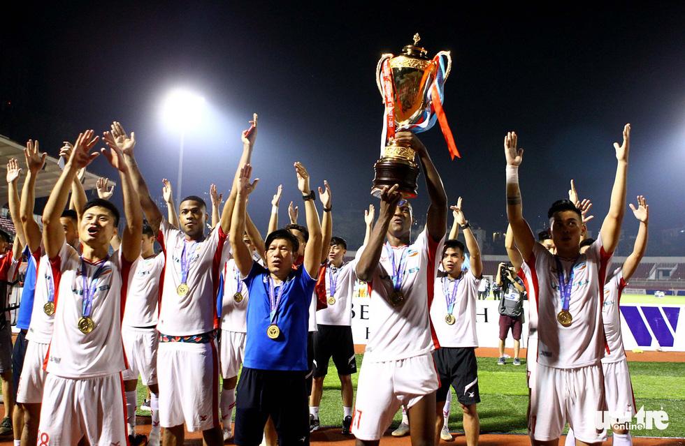 Khoảnh khắc hạnh phúc của Viettel - nhà vô địch V-League 2020 - Ảnh 7.