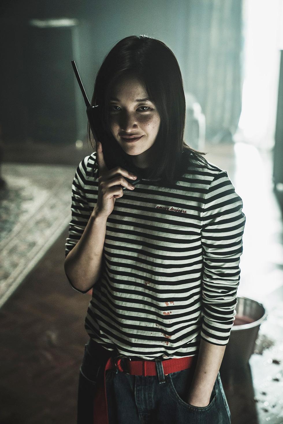 The Call: Park Shin Hye đối đầu với nữ phản diện xuất sắc - Ảnh 5.