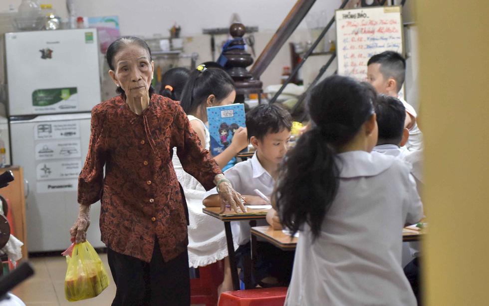 Bà giáo của những học sinh đặc biệt - Ảnh 6.