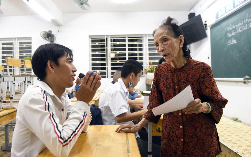 Bà giáo của những học sinh đặc biệt - Ảnh 1.